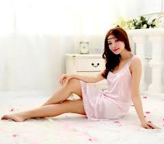 ワンピは外出用のお洋服としても、ラフな部屋着としても着用できる!のサムネイル画像