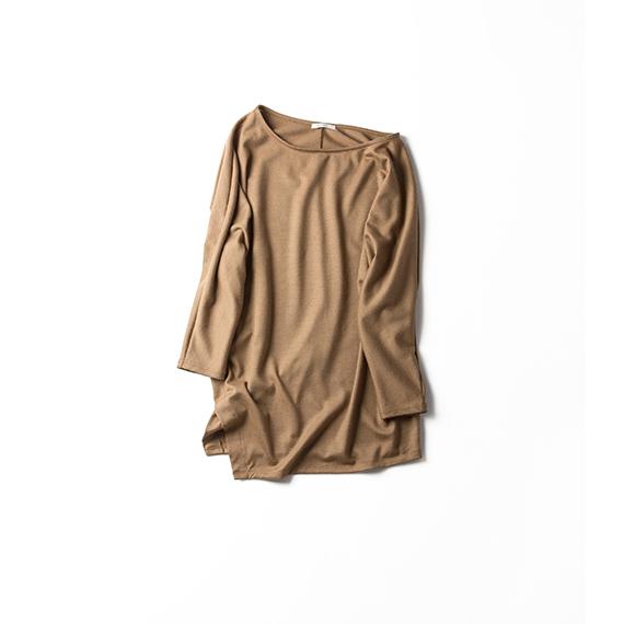 着るものに困る季節の変わり目には、7分袖カットソーがおすすめ!のサムネイル画像