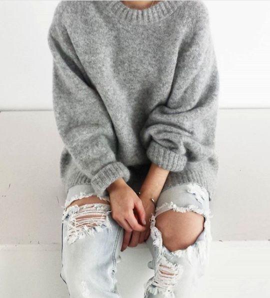 【捨てないで】セーターに毛玉が出来る原因と予防、取る方法!のサムネイル画像