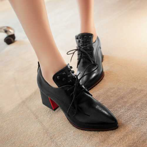 磨けば磨くほど心も磨かれる!革靴と長く付き合うための磨き方のサムネイル画像