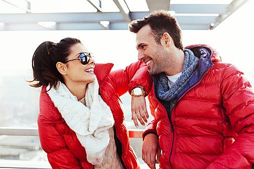 彼氏とお揃いで買う♡スーツに合うダウンジャケットの選び方!のサムネイル画像