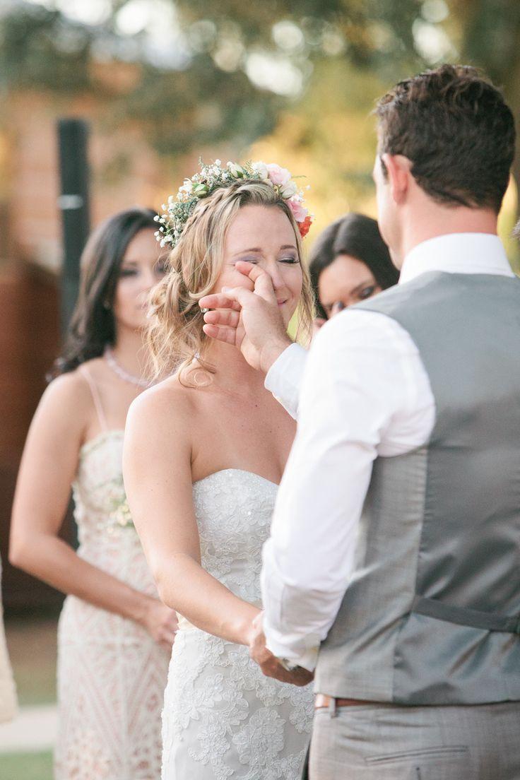 プレ花嫁必見!【花嫁の白いハンカチ】はもう準備できていますか?のサムネイル画像