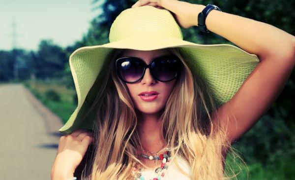 おしゃれアイテムの定番♡サングラスはこう選ぶ!人気ブランド8選のサムネイル画像