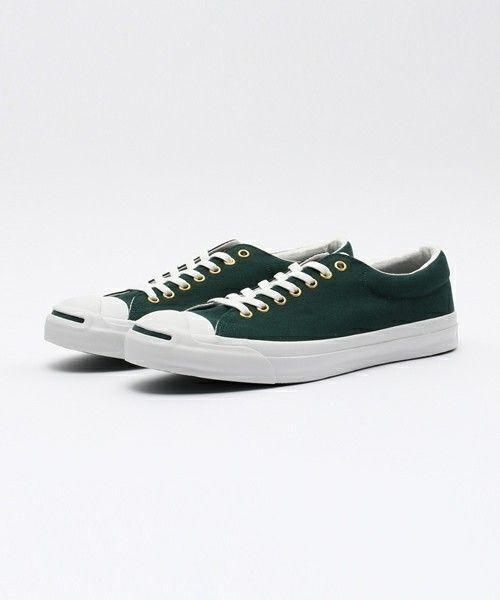 一度は履いてみて!スニーカーだからこそ使いやすいカラーの緑♡のサムネイル画像