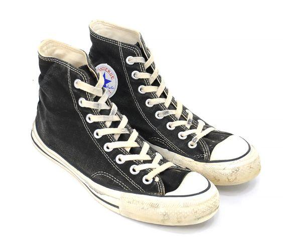 一度は履いてみて!万能スニーカー、コンバースの黒をご紹介します♡のサムネイル画像
