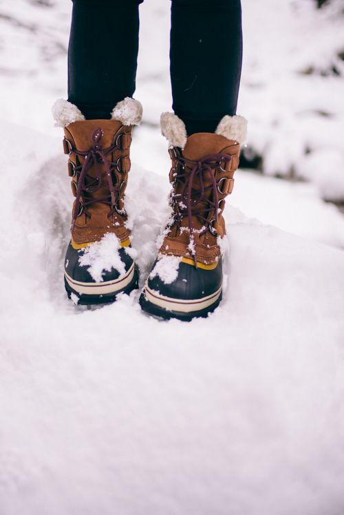 冬にどんな靴を履く?おしゃれになろう!ファッションコーデ集のサムネイル画像