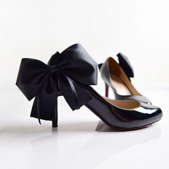 あなたはキチンと分かってる?結婚式での靴のマナーをご紹介!のサムネイル画像