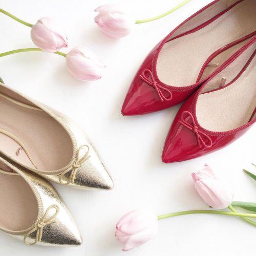 ぺたんこだってレディになれる♡今年選ぶべき《女っぽ春フラット靴》はここにアリ!のサムネイル画像