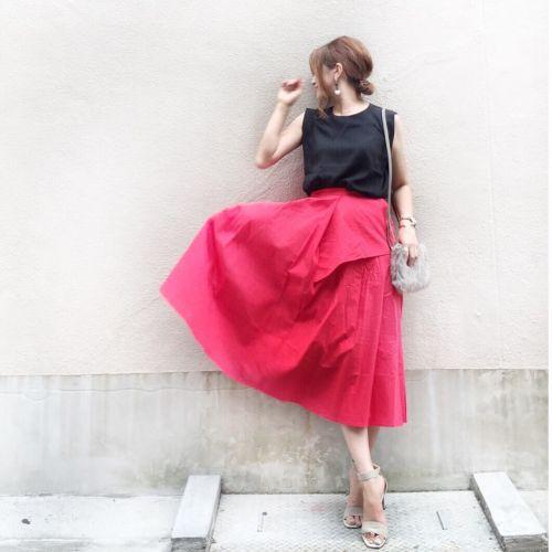 今年のトレンド!≪カラースカート≫で一気にあなたも秋色に♡のサムネイル画像
