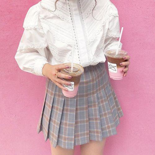 今から冬まで使える!【チェックスカート】が手に入るブランド3選♡のサムネイル画像