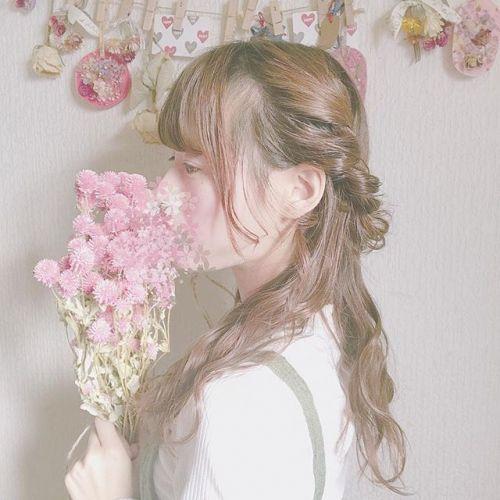 お手本は「ERDEM」!冬コーデに取り入れたい【花柄】着こなし術のサムネイル画像