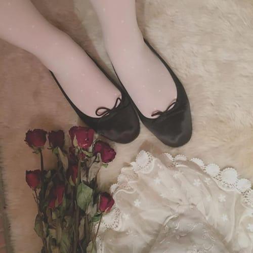 歩きやすいのに可愛い!女の子のスキ♡がつまった《〇〇〇シューズ》のサムネイル画像