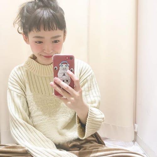 スタイルアップだけじゃない!【ひざ丈揺れスカート】でモテコーデ♡のサムネイル画像