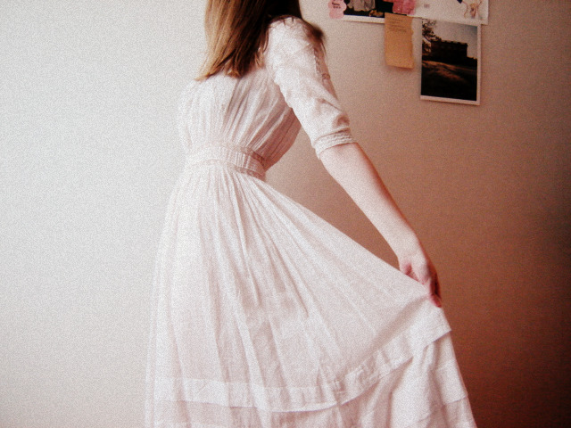 もう悩まない!結婚式に参列するときのアクセサリーマナーまとめ☆のサムネイル画像