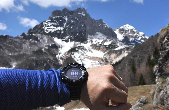 【厳選】今流行り!毎日つけたくなるアウトドア腕時計10選まとめ!のサムネイル画像