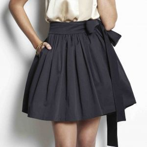 【女子力UP!】種類が豊富なスカートで、流行の秋コーデを楽しもう!のサムネイル画像