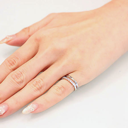 小指に指輪がキラリ★*小指を素敵に彩る指輪を沢山ご紹介しますのサムネイル画像