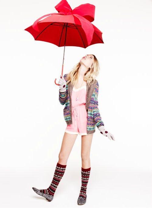 雨の日だって気分は上々。【おしゃれな傘】がさせるんだもん♡♡のサムネイル画像