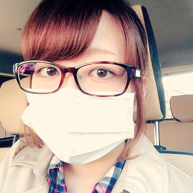 マスクにメガネだと曇る?快適にお出かけできる簡単な裏ワザを紹介!のサムネイル画像