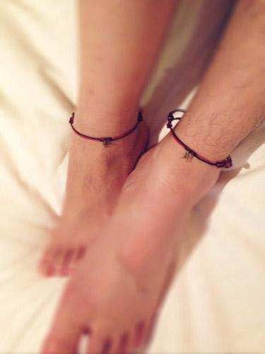 【夏オシャレ】カップルにおススメ!足首にお揃いアクセサリーを☆のサムネイル画像