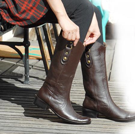 完全防水ブーツは街履きにもできる!おしゃれすぎる完全防水ブーツ!のサムネイル画像