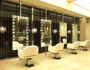初めての美容院。もう失敗したくない人に向けたポイントをご紹介のサムネイル画像