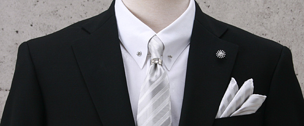 披露宴に黒のネクタイはNG!?何色ならOK?柄ネクタイは??のサムネイル画像