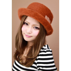 おしゃれに帽子をかぶって出かけよう!人気の帽子をご紹介!のサムネイル画像