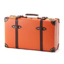 ひとつは持っておくと便利です!おしゃれなスーツケースを探そう!のサムネイル画像