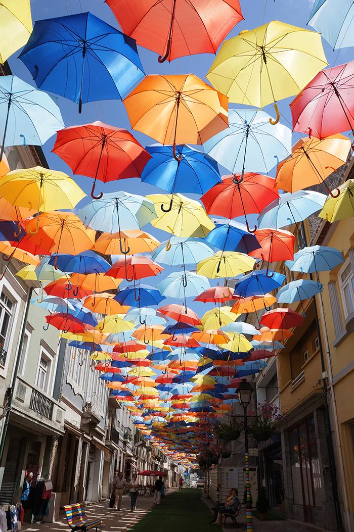 実用的◎傘ホルダーがあると超便利♪用途別傘ホルダーまとめのサムネイル画像