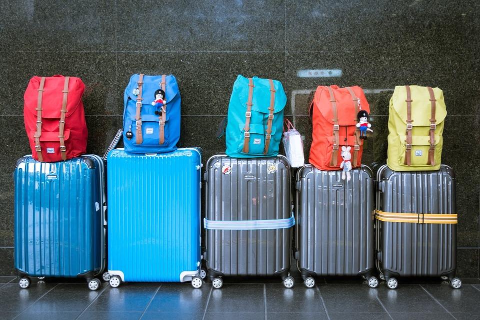 すぐに見つかる!スーツケースに、わかりやすい目印をつけちゃおう♪のサムネイル画像