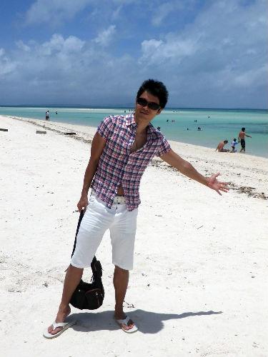 おしゃれなサンダルを履いて、海に出かけよう☆人気のサンダルは?のサムネイル画像
