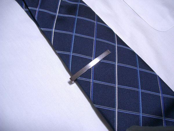 男のビジネスアイテム☆おしゃれなネクタイピンを紹介します☆のサムネイル画像