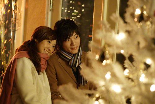 年に一度のクリスマスデート♡おしゃれなコーディネートを楽しもう♡のサムネイル画像