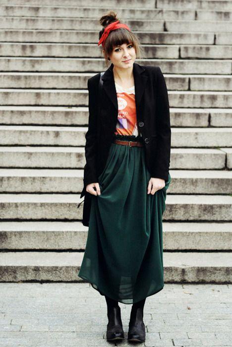 秋冬にぴったりな【ロングスカート】を紹介します!どれも可愛い♡のサムネイル画像