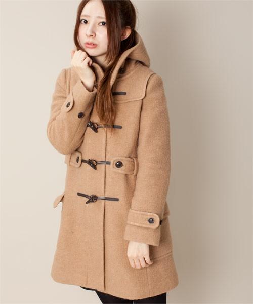 大人っぽく着こなしたい!人気のロング丈ダッフルコートを紹介!のサムネイル画像