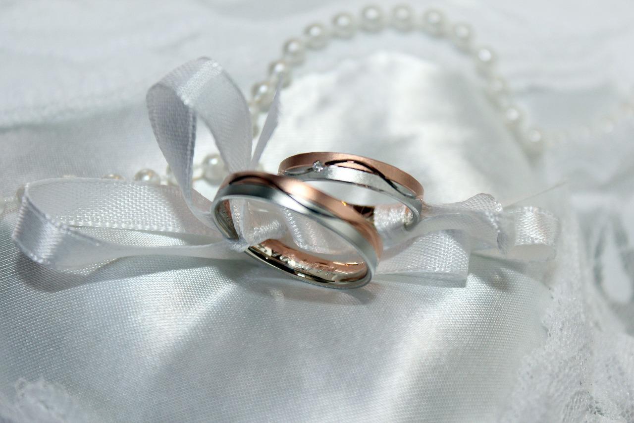 【人気の結婚指輪】一生に一度のものだから、じっくり話し合って。。のサムネイル画像