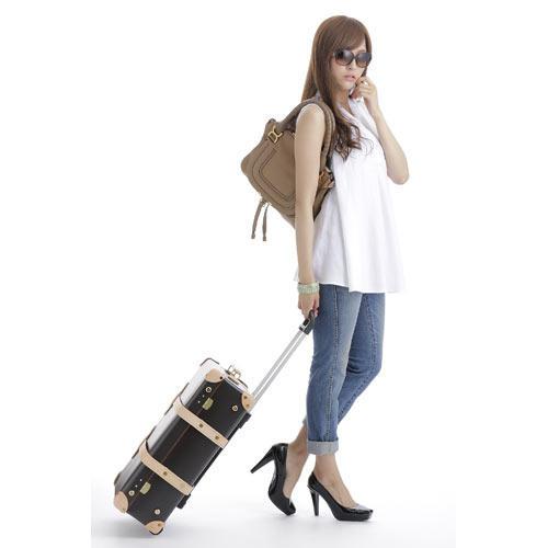 はじめてのスーツケース!おすすめの選び方から人気ブランドTOP5のサムネイル画像
