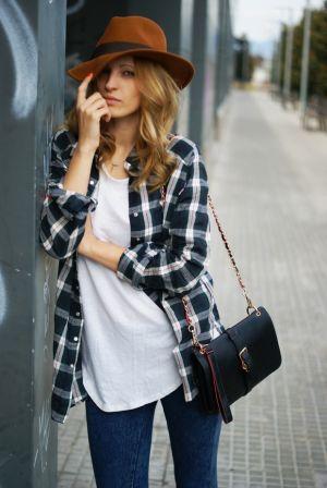 おしゃれな秋のファッションコーデのおすすめとポイントをご紹介!のサムネイル画像