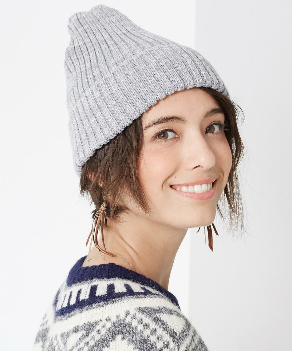 寒い冬にはニット帽が大活躍 ♪ ユニクロのニット帽で気軽に冬コーデのサムネイル画像