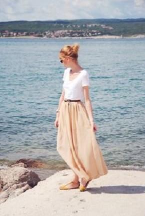 ふわっと揺れるシルエットにキュン♡夏は断然ロングスカートでしょ♡のサムネイル画像