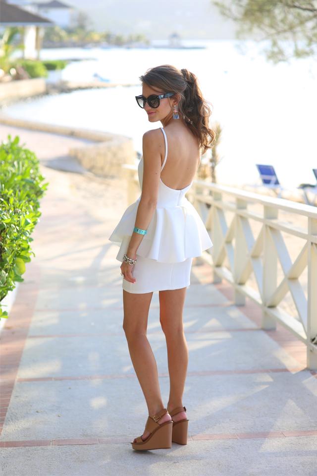 【白のドレス】夏にかけて真似したい!白のドレスがかわいい♥のサムネイル画像