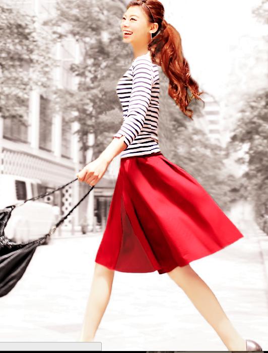 赤いスカートでコーデしよう!女の子らしくデートでも活躍するのサムネイル画像