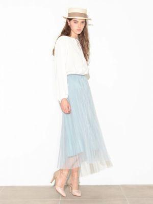 2016年パンツVSスカートのおすすめ春夏ファッションコーデ特集!のサムネイル画像
