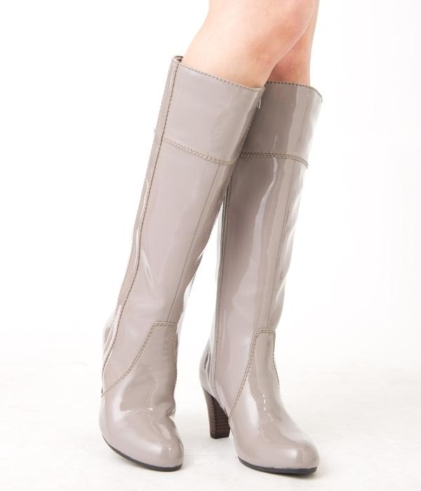 雨の日も足元までおしゃれに☆人気のレインブーツや長靴をご紹介☆のサムネイル画像