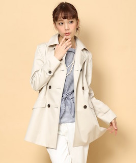 温かい季節のちょっと肌寒い時に ピッタリな人気のコートを調査!のサムネイル画像