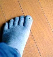 五本指ソックスには普通の靴下とは違う様々なメリットがある?のサムネイル画像
