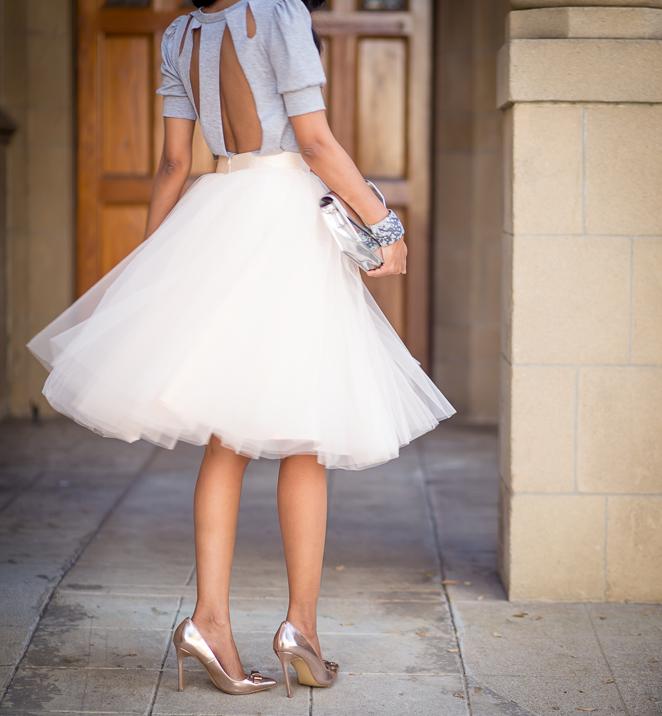 白のチュールスカートが可愛い♡デートにも大活躍なアイテム♡のサムネイル画像