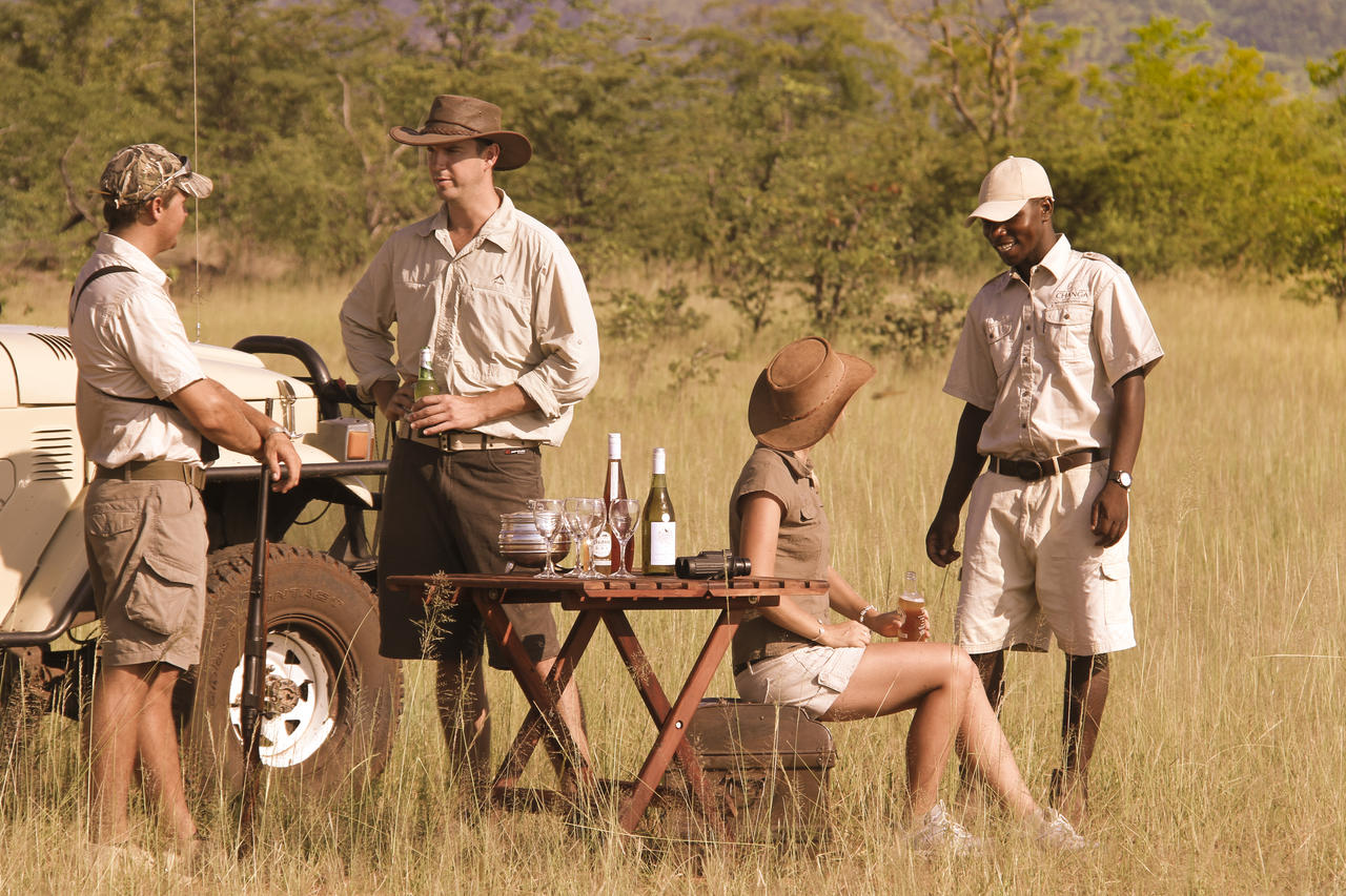 【Safariファッション】アースカラーでSafariファッション!のサムネイル画像