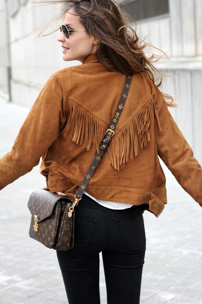 【スエードのジャケット】春コーデにもスエードジャケットっ♪のサムネイル画像